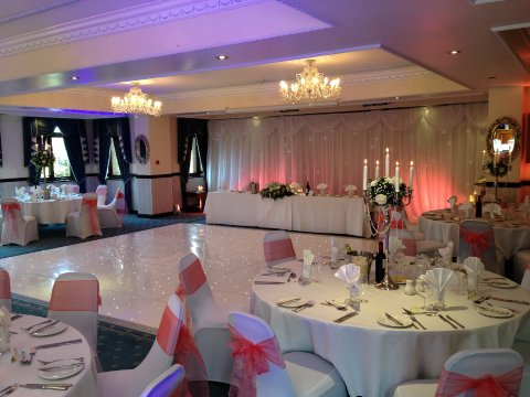 Peterstone Lakes Golf Club Wedding Reception Venues In Cardiff