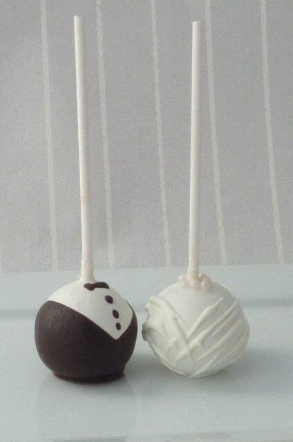 Wedding Cakes and Catering - Just Cake Pops-Image 11301