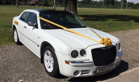 """Baby Bentley"" Chrysler 300C with White Wheels - Price Wedding Cars"