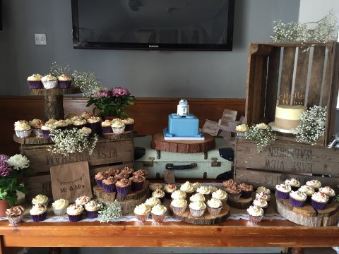 Cake tables - Dollys Vintage Tea Party