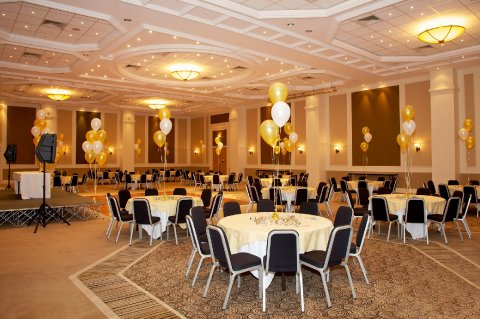 Holiday Inn Plymouth Wedding Ceremony And Reception Venues In