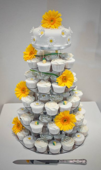 Wedding Cakes - Sweetcheeks Cupcakes-Image 14064
