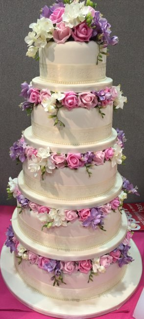 wedding cake mixed flowers - Sky Cakes