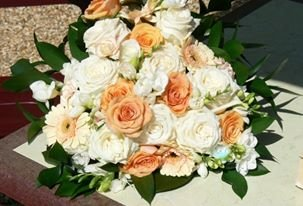 Soft peach and ivory bouquet - Bottom Of The Garden Flowers