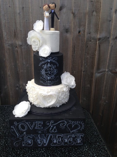Chalkboard Wedding cake with rice paper flowers