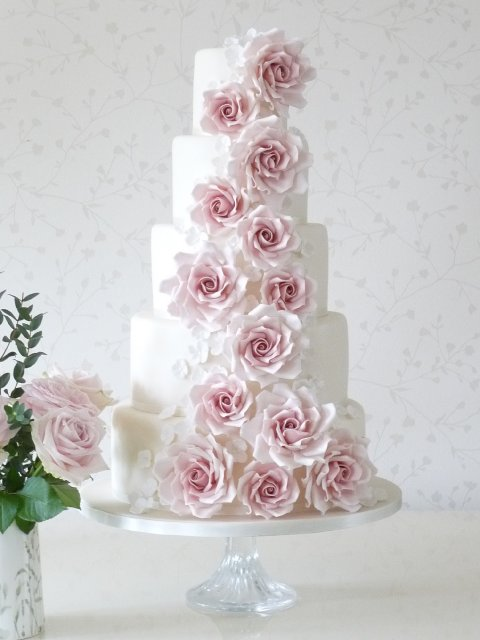 Wedding Cakes and Catering - Rachelle's-Image 20463