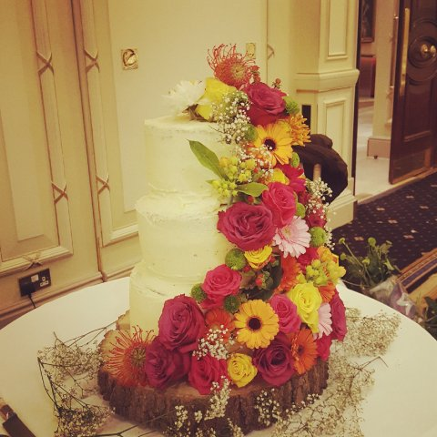 Wedding Cakes and Catering - The little house of baking -Image 37149