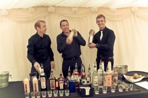 Simpal Bar Set-up in Wedding Marquee. - Cocktailmaker