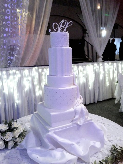 7 Tier Wedding Cake based on a classic Greek theme