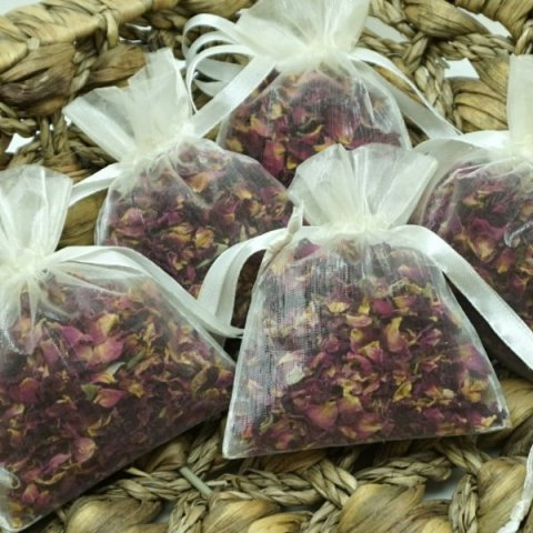 Air-dried Rose Petals in Individual Portion Organza Bags - The Dried Petal Company