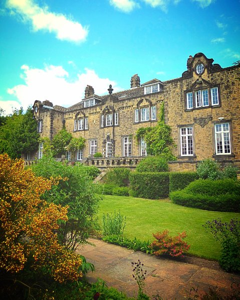 Outdoor Wedding Ceremony Yorkshire: Hoyle Court , Wedding Reception Venues In Shipley, West