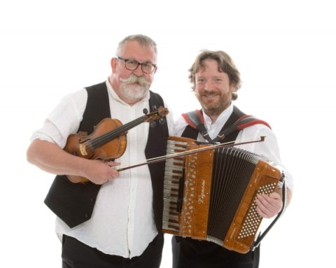Iron Broo box & fiddle duo - Iron Broo Ceilidh Band