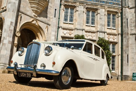 Wedding Car Hire - Premier Carriage Wedding Transport