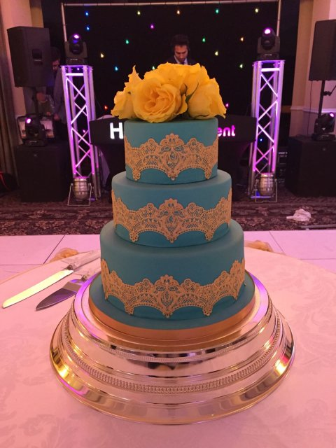 Wedding Cakes and Catering - The little house of baking -Image 37150