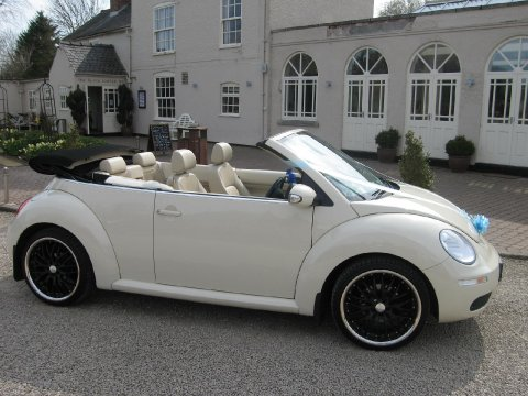 VW Beetle convertible - Leicester Wedding Cars