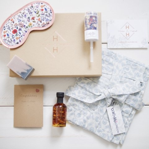 Hanson & Hopewell Indulge Bride-to-be gift box
