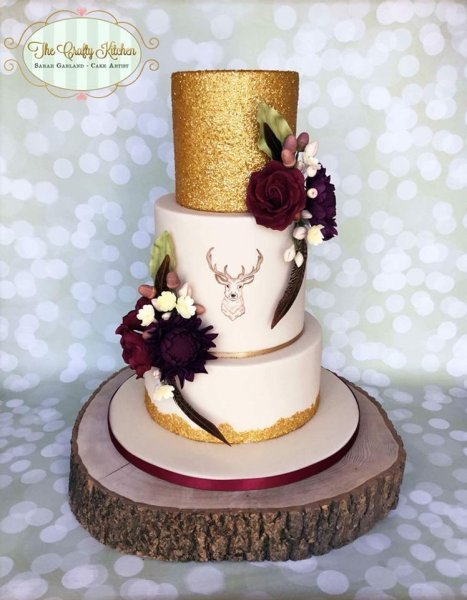 Golden Autumn Stag Wedding Cake - The Crafty Kitchen