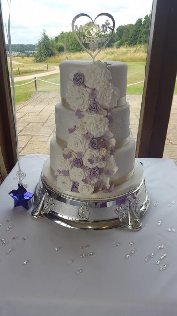 Wedding Cakes and Catering - The little house of baking -Image 34344