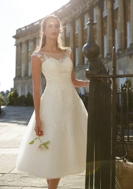 wedding cakes leigh lancs brides of leigh wedding dresses and bridal gowns in leigh 24901