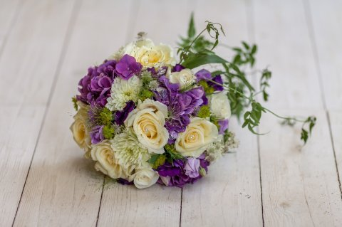 Ivory & purple bouquet