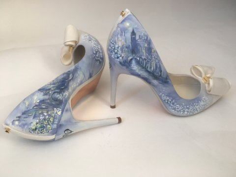 hand painted Venice theme - Beautiful Moment hand painted wedding shoes