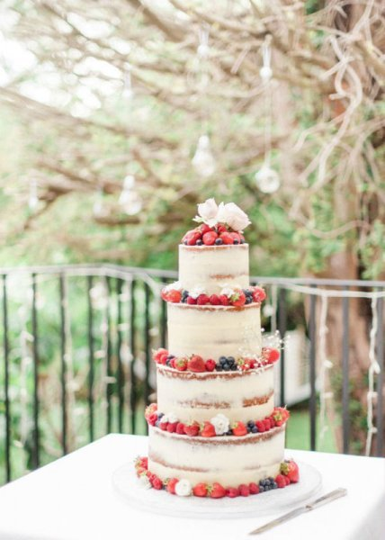 Semi-Naked-Wedding-Cake-571x800.jpg