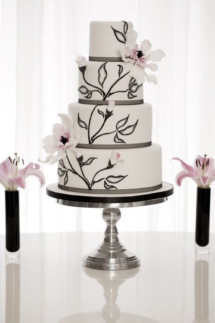 Wedding Cakes and Catering - Rachelle's-Image 20465