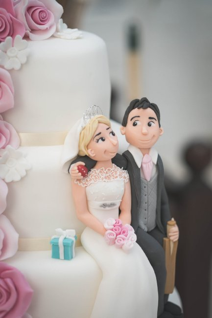 Personalised wedding cake - Fabulous Together