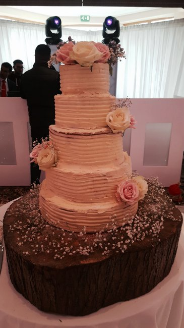 Wedding Cakes and Catering - The little house of baking -Image 34340