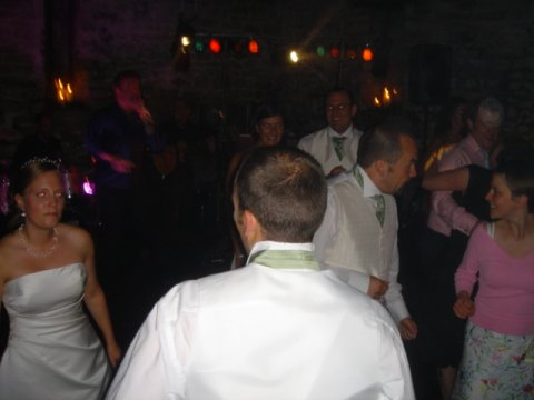 Bride & Groom On the Dance Floor - Triangle Mobile Discos
