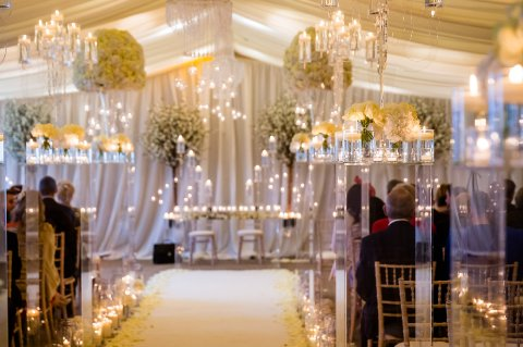 Old Hollywood Glamour wedding ceremony - Fabulous Together