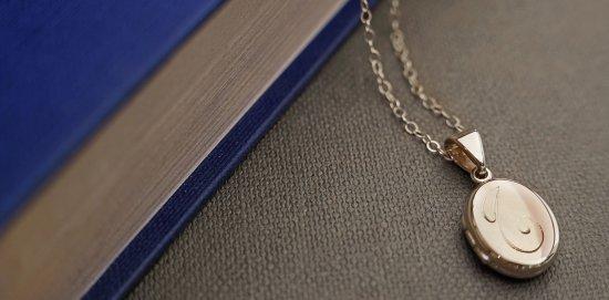 Harriet Kelsall Bespoke Jewellery