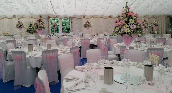 Venue styling and decoration wedding inspiration bridal dreamz waterlooville hampshire junglespirit Images