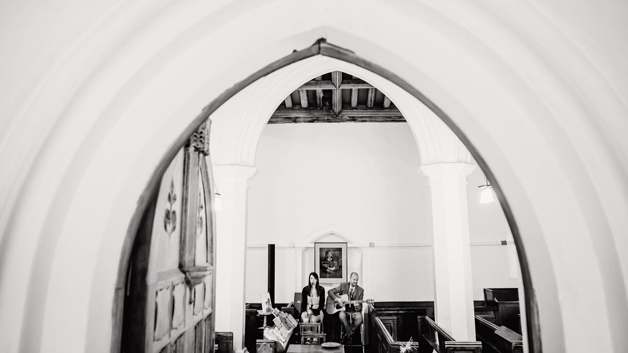 Mango acoustic duo 14.jpg