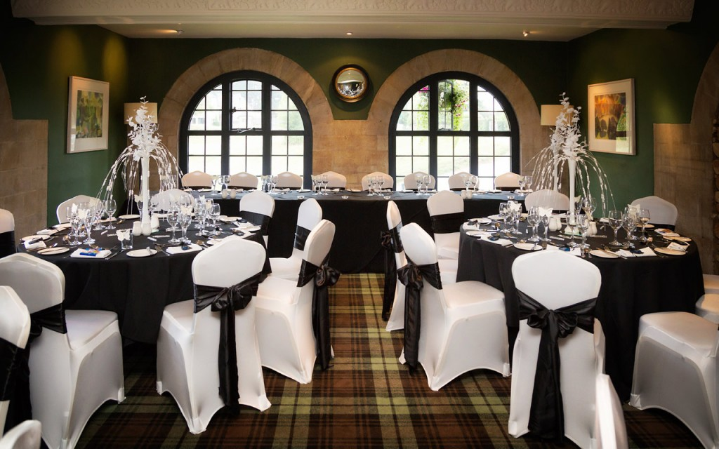 The Bear Of Rodborough Wedding Ceremony And Reception Venues In
