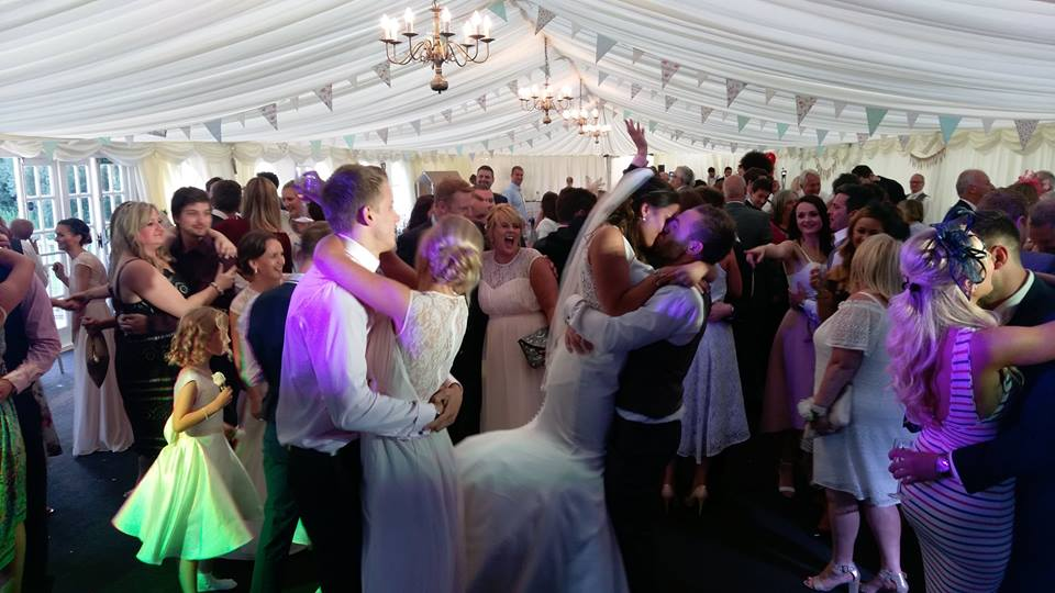 soul-miners-wedding-soul-band-wales-functions-parties-cardiff_orig.jpg