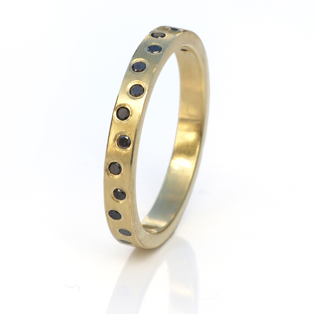 black-diamond-gold-band-2.jpg